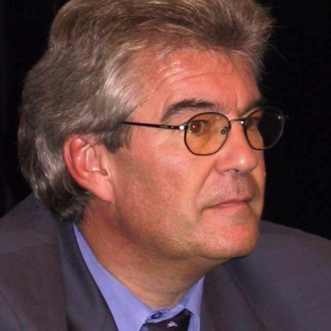 Dr. Engelbert Ruoss